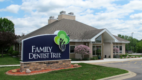 Family Dentist Tree Rochester, MN building